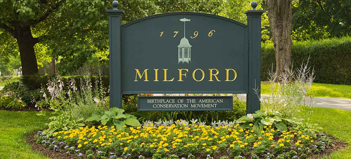 Milford PA Welcome Sign